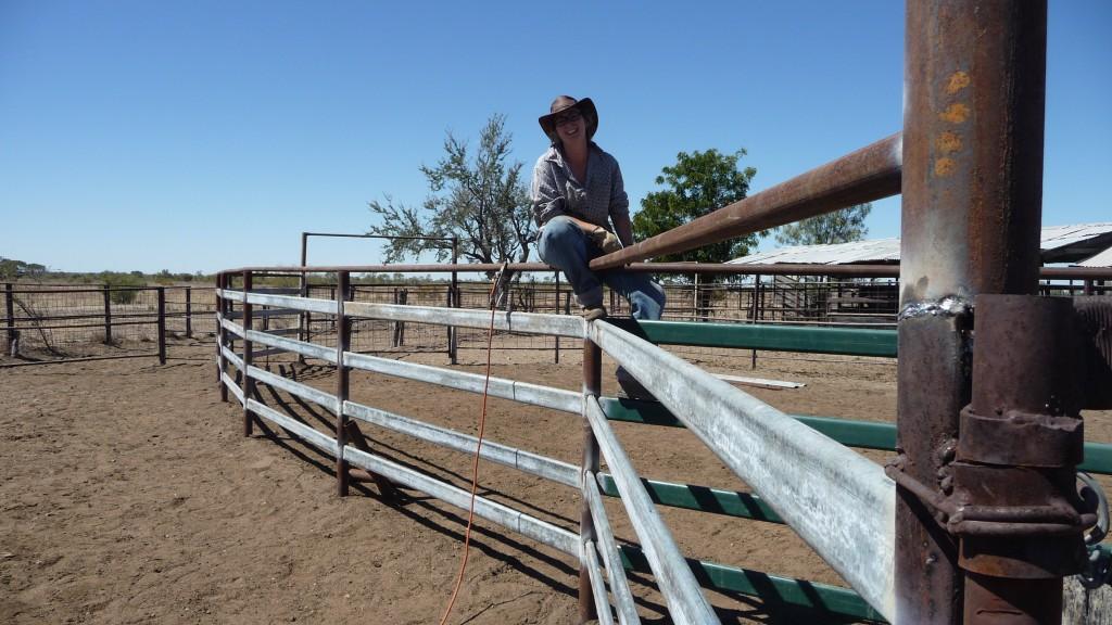 Madame Bougeotte et sa barrière dans l'Outback en Australie