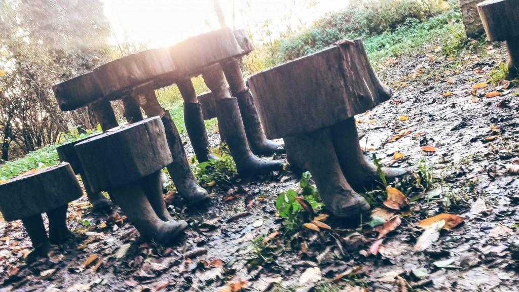 Sur le sentier de l'étrange avec tes bottes