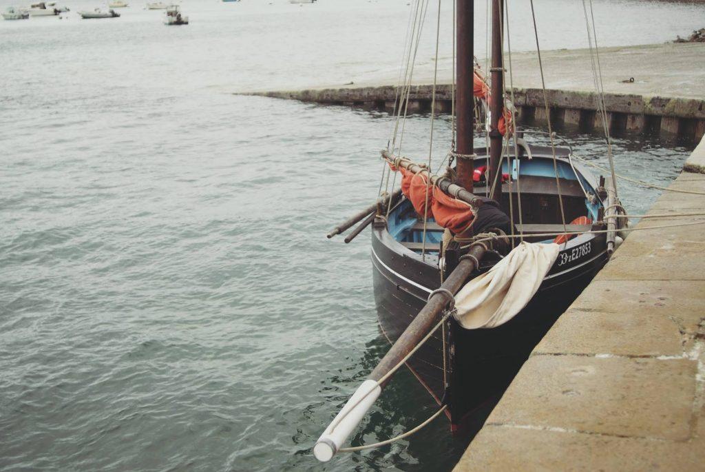 Voilier en Bretagne