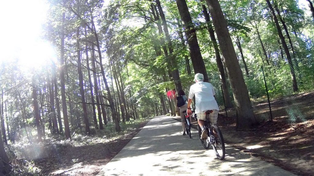Faire du vélo à Louvain-la-Neuve